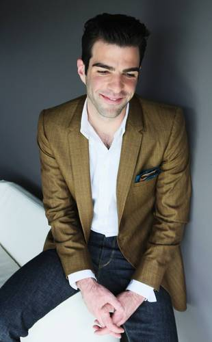 Zachary Quinto wallpaper with a business suit entitled zach