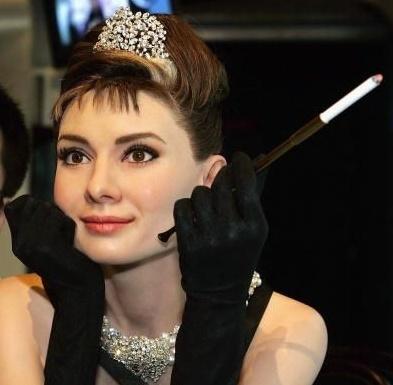Audrey Hepburn wallpaper called Audrey Madame Tussauds Wax Statue