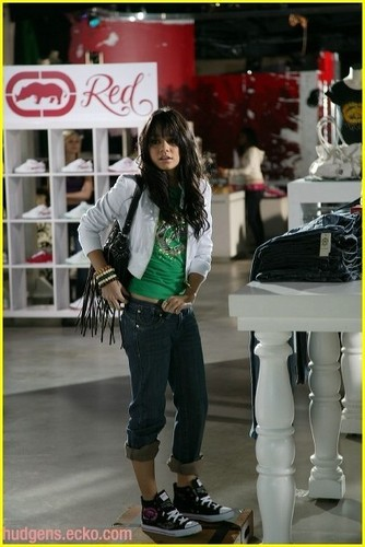 Behind the Scenes Eko Red Photoshoot - vanessa-hudgens Photo