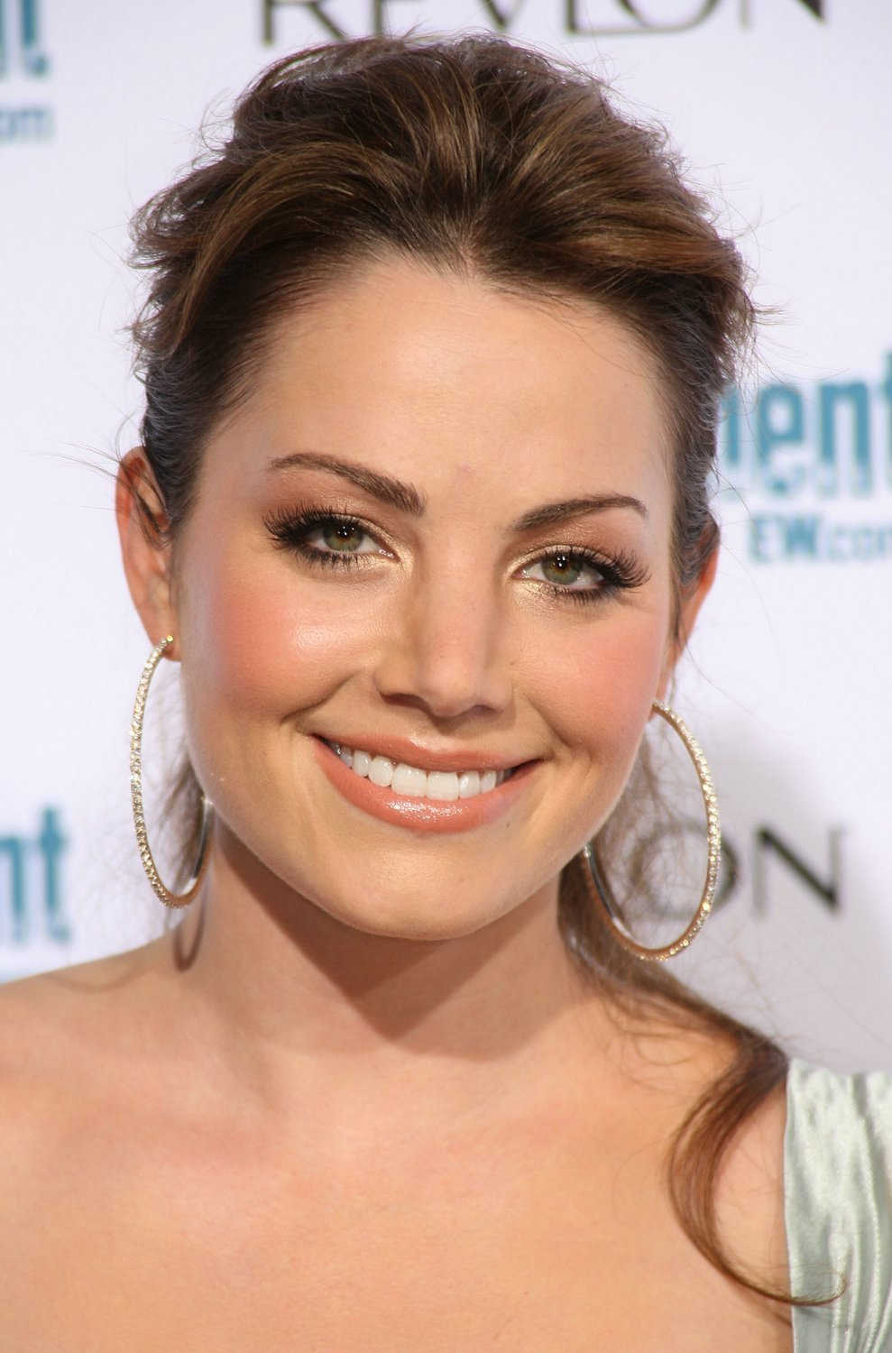 CW Networks Affiliate Launch Party - Erica Durance Photo