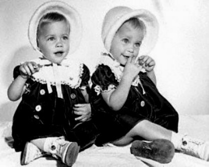Bewitched wallpaper probably containing a bonnet entitled Erin and Diane Murphy  (Tabitha)