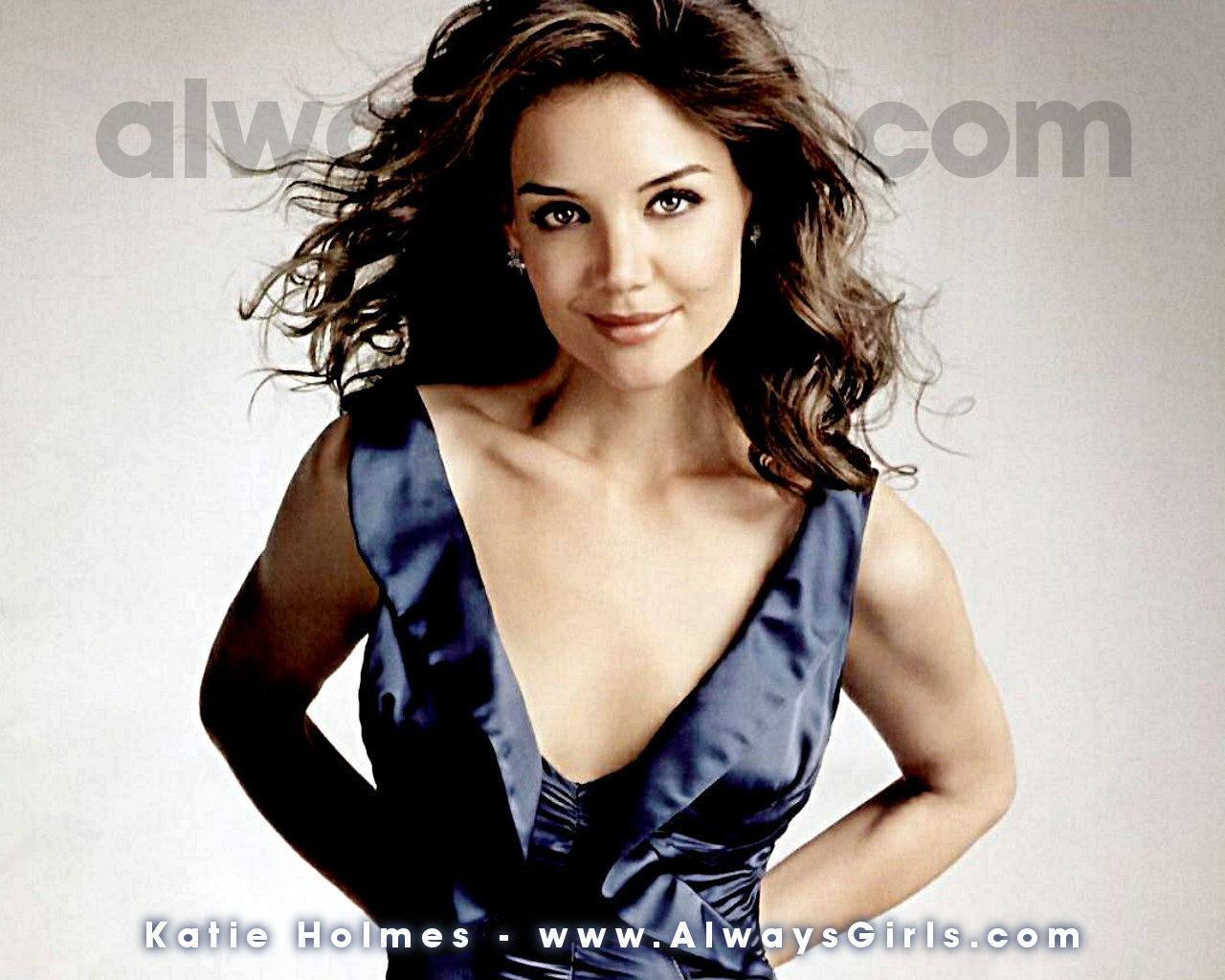 http://images2.fanpop.com/images/photos/5500000/Katie-Holmes-katie-holmes-5594891-1280-1024.jpg