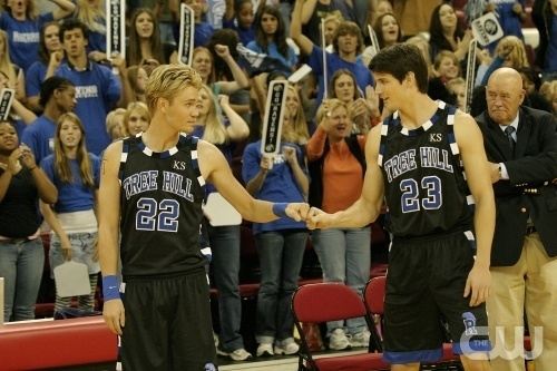 Lucas and Nathan Scott