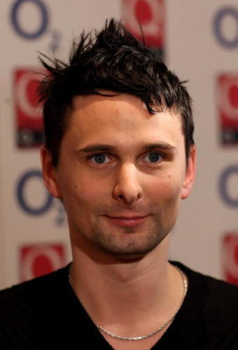 Matthew Bellamy wallpaper with a portrait entitled Muse