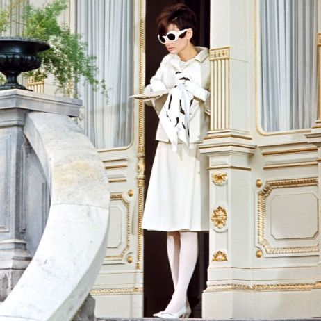 Audrey Hepburn wallpaper probably with a well dressed person and sunglasses called On set of How to Steal a Million