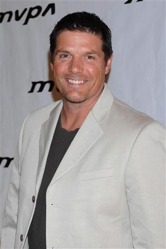 paul johansson the notebook
