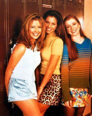 Sarah Michelle Gellar - Buffy Season 1 Promo Shot