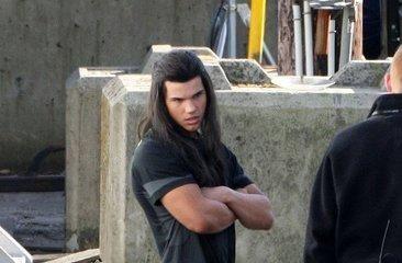 serye ng takip-silim wolpeyper containing a kalye titled Taylor Lautner