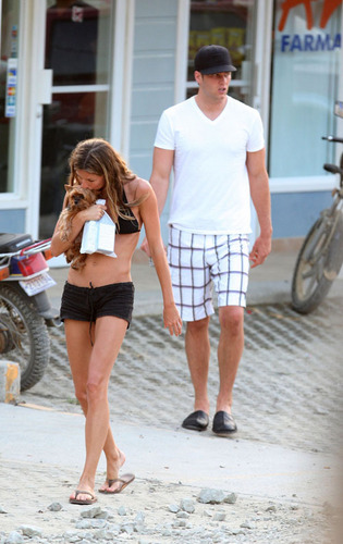 Tom and Gisele