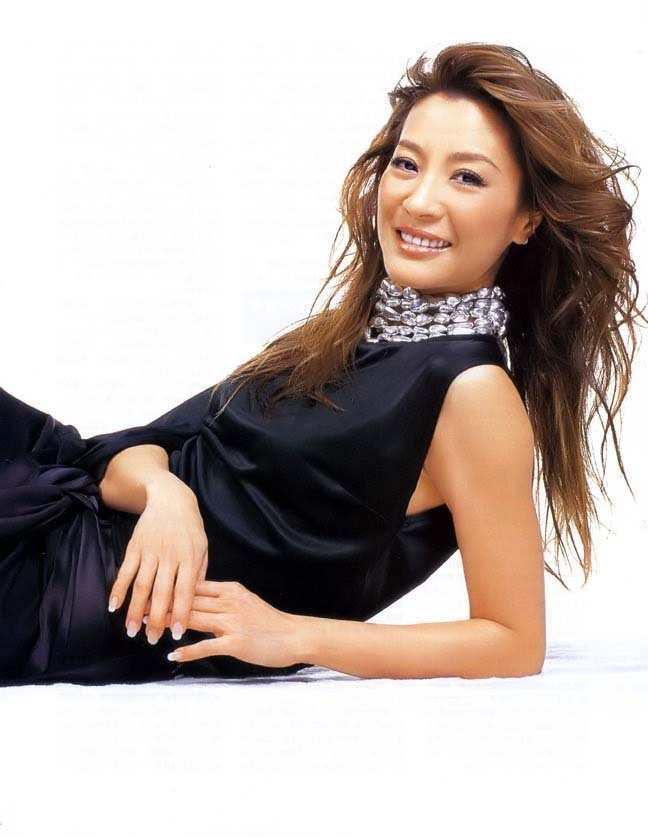 Michelle Yeoh - Wallpaper Hot
