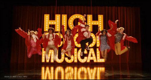 High School Musical 3 karatasi la kupamba ukuta called HSM3 Screencaps