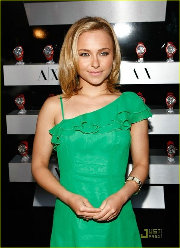 Hayden Panettiere is an A|X Watch Woman