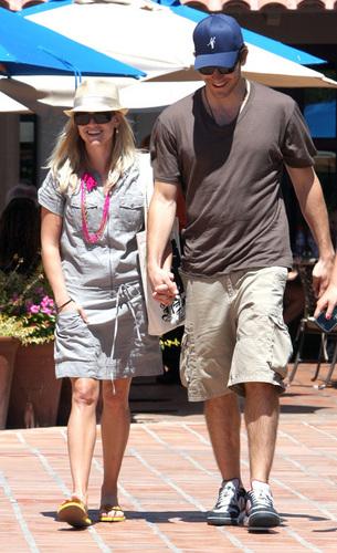 Jake and Reese at Coachella موسیقی Festival