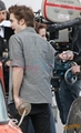 Kristen and Robert behind the scenes of New Moon - twilight-series photo