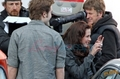 Kristen and Robert behind the scenes of New Moon - twilight-series photo