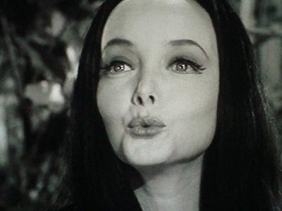 Morticia Addams from TV Zeigen