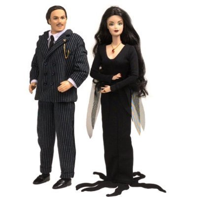 Morticia and Gomez bonecas