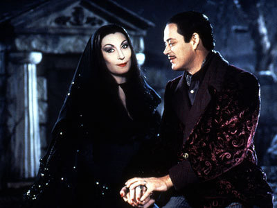 Addams Family wallpaper entitled Morticia and Gomez