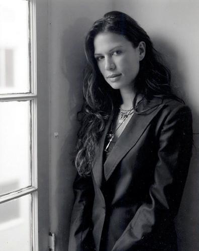 Rhona Mitra