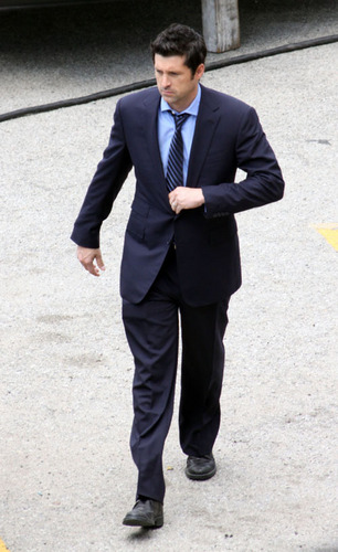 Grey's Anatomy پیپر وال with a business suit, a suit, and a two piece entitled Set Pictures (April 15)