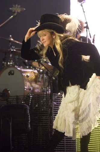 stevie nicks wallpaper with a show, concerto called Stevie Nicks
