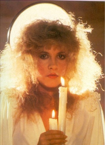 스티비 닉스 바탕화면 containing a candle called Stevie Nicks