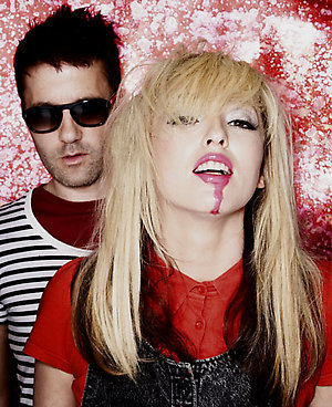 the ting tings Hintergrund probably with a portrait entitled The Ting Tings