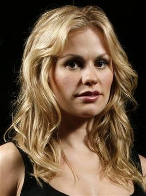 True-Blood-Press-Conference-anna-paquin-5631208-297-399.jpg