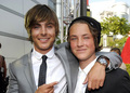 Zac and Dylan Efron - dylan-efron photo