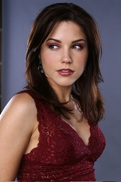 Brooke Davis wallpaper probably containing a portrait called Brooke Davis Season 1 Promotional Pictures
