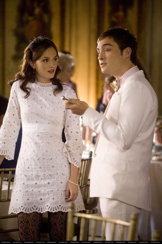 Chuck and Blair - chair-and-sethummer Photo