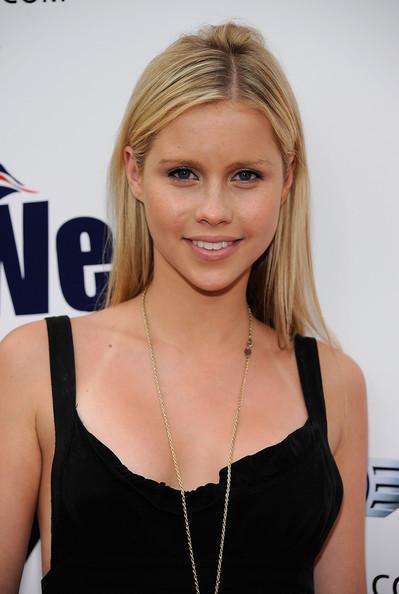 Claire Holt - Wallpaper Actress