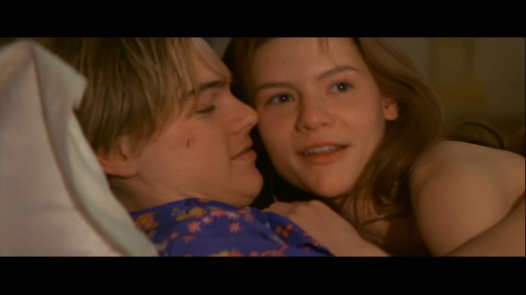 leonardo dicaprio romeo and juliet hair. leonardo dicaprio romeo and