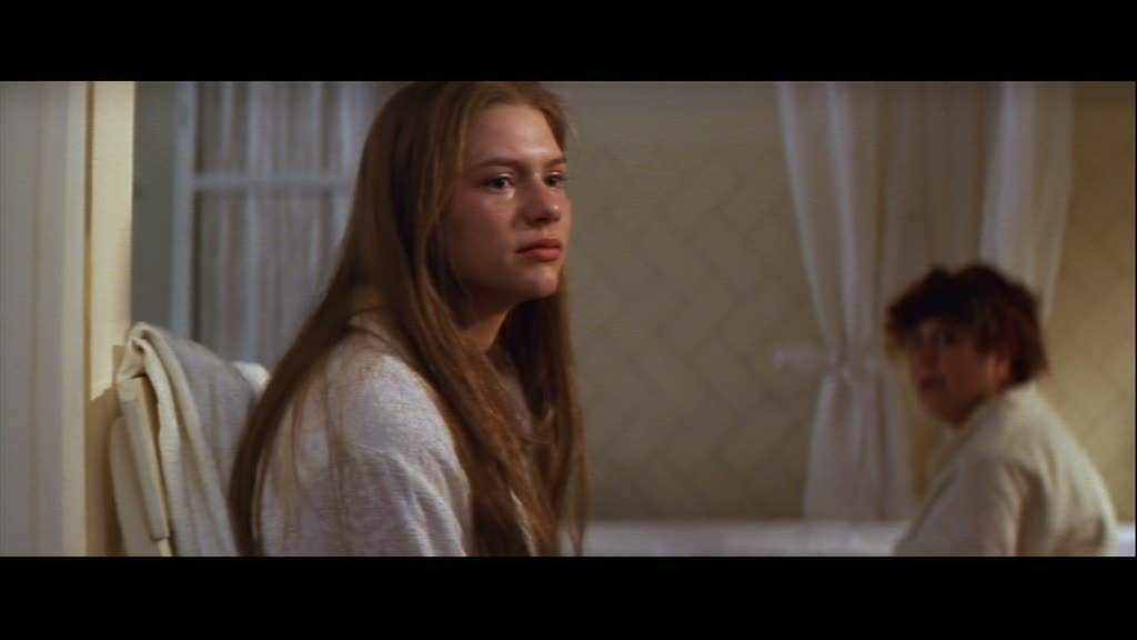 Claire in 'Romeo + Juliet' - Claire Danes Image (5772857 ... Claire Danes Philippines