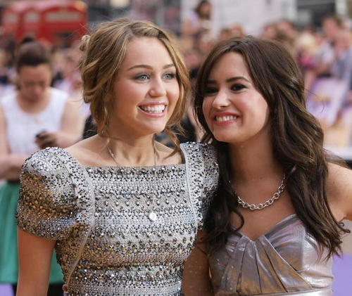 Demi at Hannah Montana: The Movie Premiere (UK) - 4/23/09