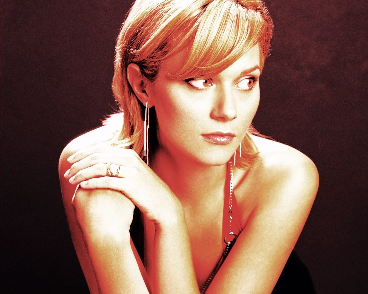 Hilarie 3 hilarie burton 5766884 1280 1024 My wonderful sister in law and