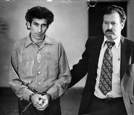Serial Killers wallpaper with a green beret, a business suit, and battle dress called Hillside Strangler Angelo Bruno