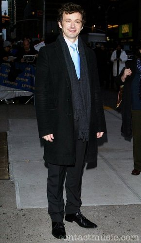 Michael Sheen outside Ed Sullivan Theatre for the 'Late 显示 With David Letterman