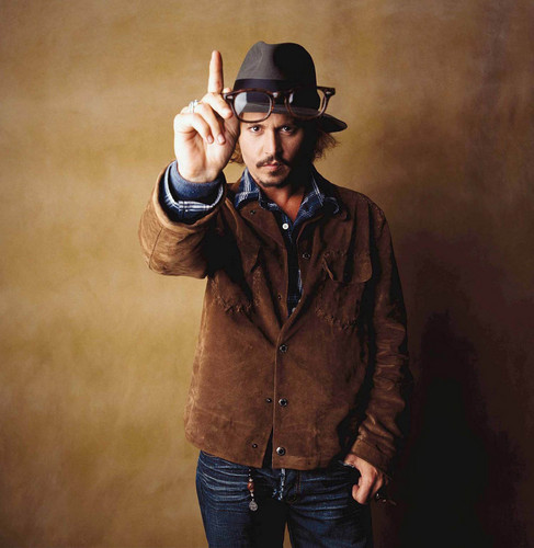 Johnny Depp wallpaper with a snap brim hat, a fedora, and a campaign hat titled Photoshoot 2003
