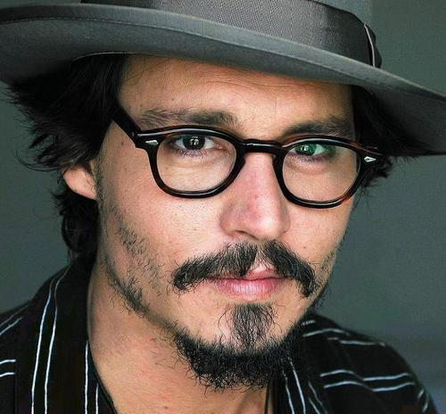 Johnny Depp wallpaper containing a fedora, a boater, and a campaign hat entitled Photoshoot 2005