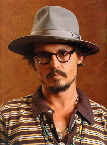 Johnny Depp wallpaper containing a fedora, a campaign hat, and a snap brim hat called Photoshoot 2005