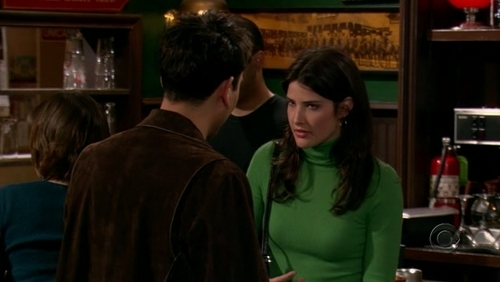 Pilot - robin-scherbatsky Screencap