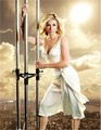 Sarah Chalke scaffolding photo shoot - sarah-chalke photo
