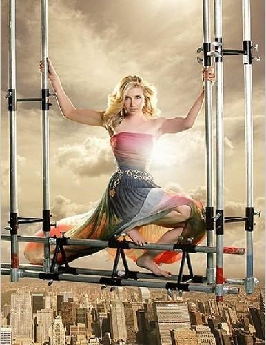 Sarah Chalke scaffolding foto shoot