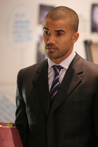 Shemar Moore 壁紙 with a business suit, a suit, and a two piece called Shemar Moore
