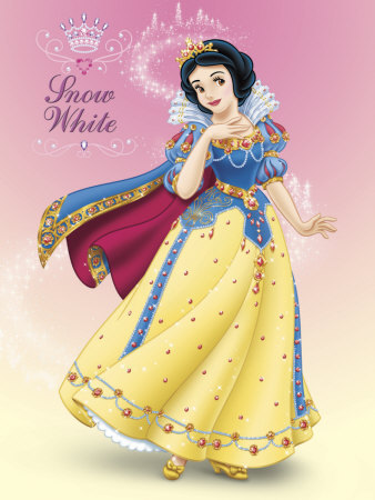 Snow White and the Seven Dwarfs wallpaper probably with a kirtle and a polonaise titled Snow White