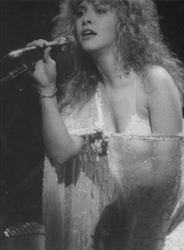 stevie nicks wallpaper probably containing a show, concerto entitled Stevie Nicks