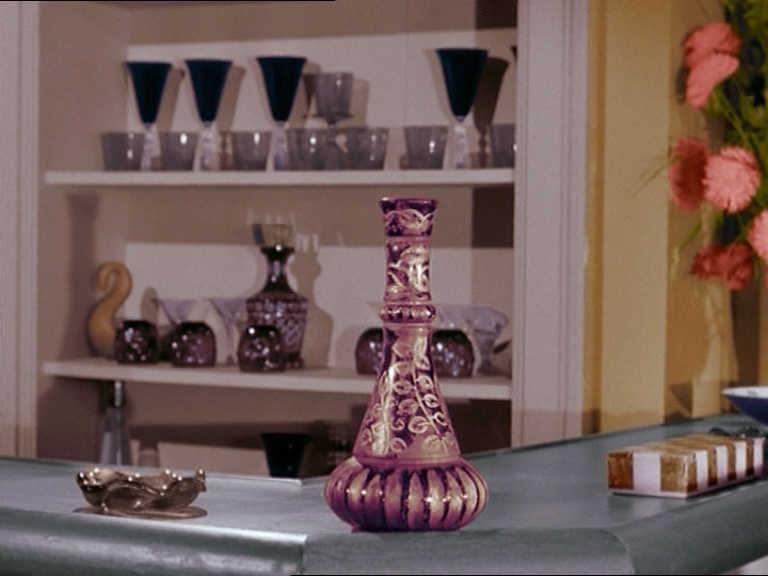 The Lady In A Bottle 1x01 Jinny De Mes Reves Image 5719882 Fanpop