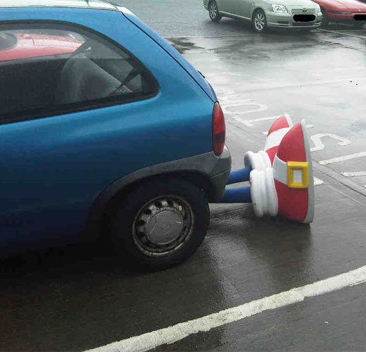 Sonic a... Sonic-was-in-a-car-accident-sonic-the-hedgehog-5766778-520-500