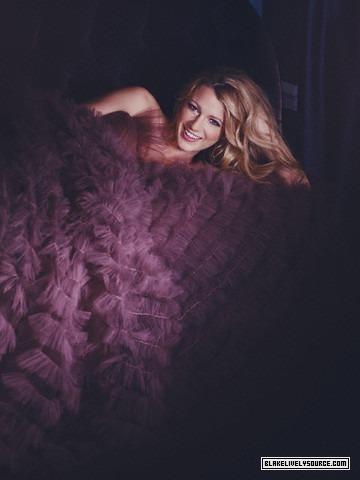 Serena Van Der Woodsen Style wallpaper titled ♥Queen S♥-Blake